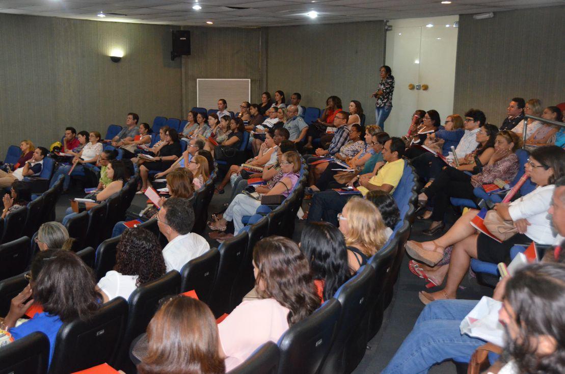 Gestores de escolas estaduais participaram de capacitação sobre a Lei Maria da Penha