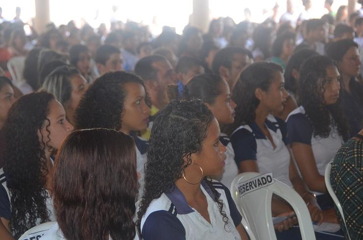 Estudantes Arari 1