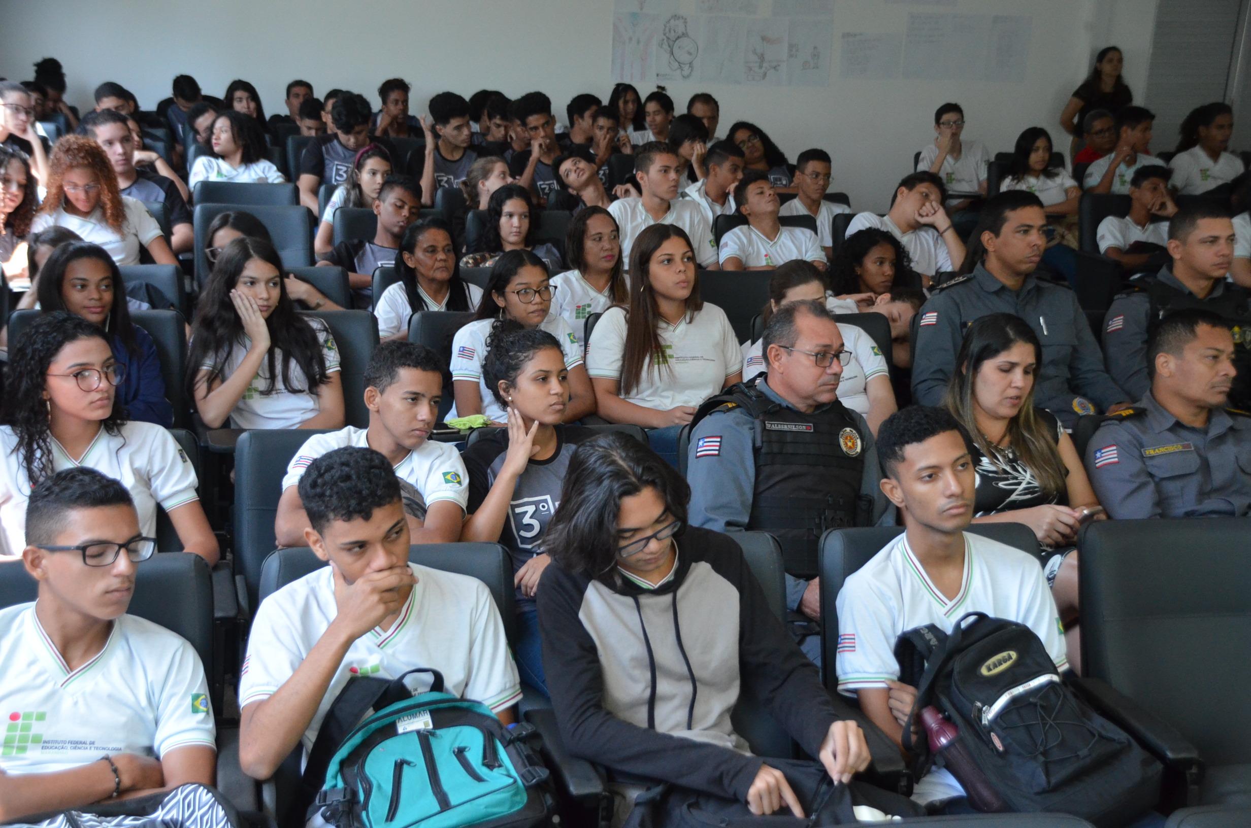 Estudantes IFMA